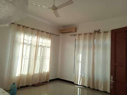 3 bed room big house for sale  at madale image 8