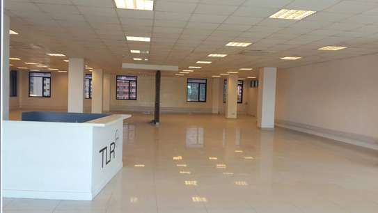 Offices from 30 sqm on a 5 story high tech building image 9
