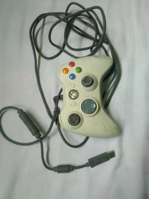 Xbo360 Controller image 1