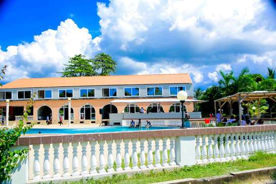 HOTEL BEACH FOR SALE IN BAGAMOYO.. image 3