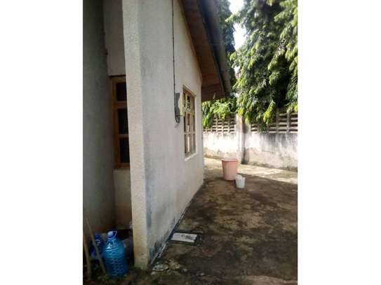4 bed room house for sale 400mil at mbezi beach image 7