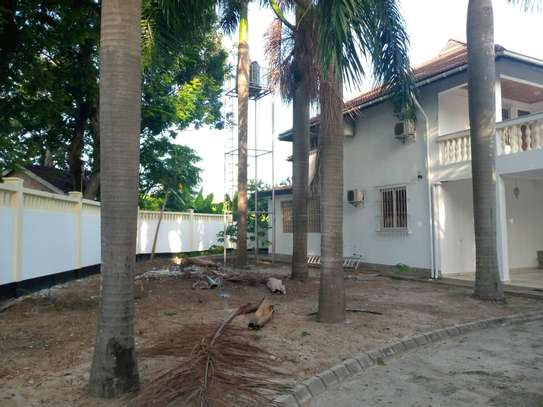 4 bed room all ensuite for rent house at avocado near tripple seven image 2