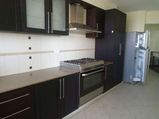 3bed house full furnished apartment at sea view upanga $2200pm image 2