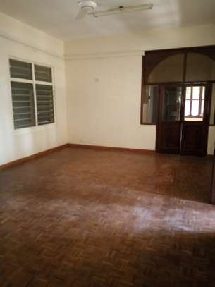 8 bedrooms bungalow house available for rent in Upanga image 8