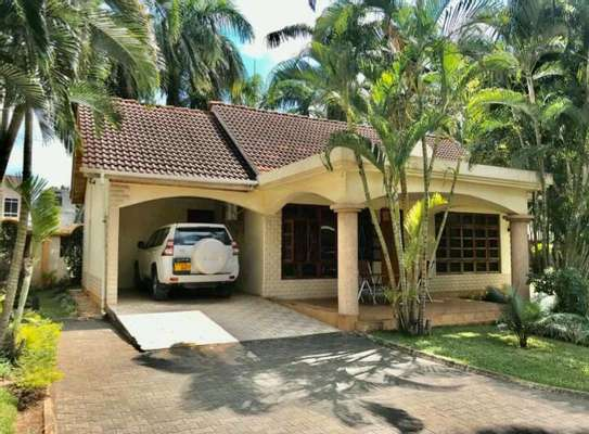 a fully furnished villas are for rent at mbezi beach road to whitesands image 4