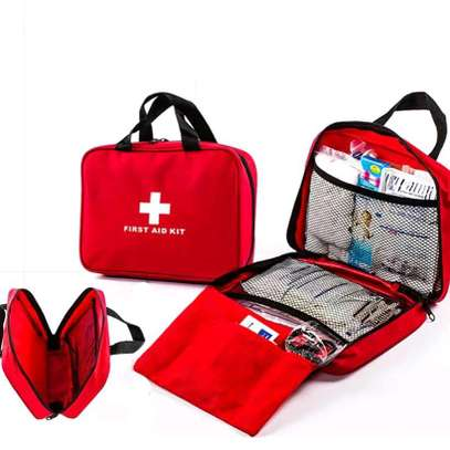 FIRST AID KIT image 2