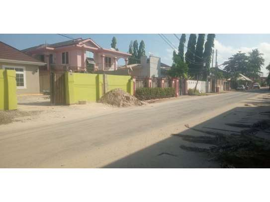 3 bed room house brand new for rent at mikocheni image 2