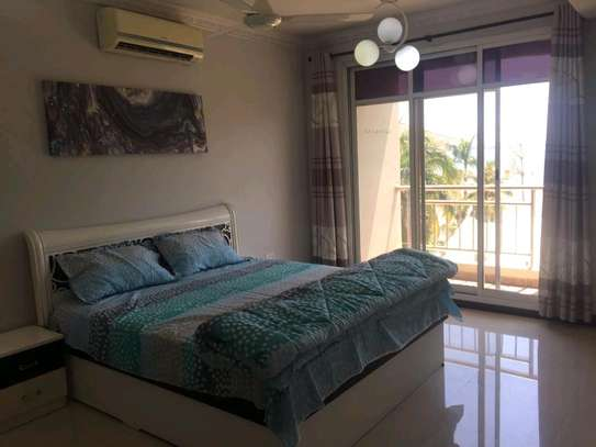 Splendid & Spacious 3BHK EN-SUITE Ocean view Apartments image 12