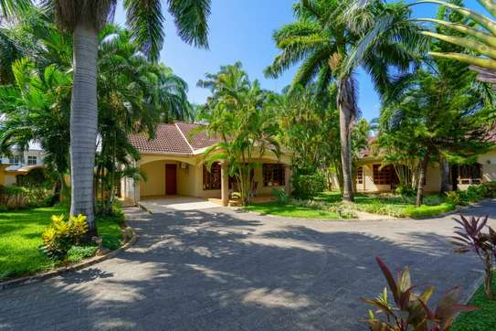 2 bed room house villa in the compound for rent at mbezi beach jangwani image 6