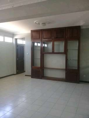 2bedroom apartment in Masaki to let