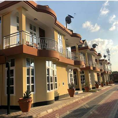 4 Bedroom Apartmrnt Villa Mbezi Beach