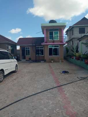6 Bedrooms House at Tabata Kinyerezi image 4