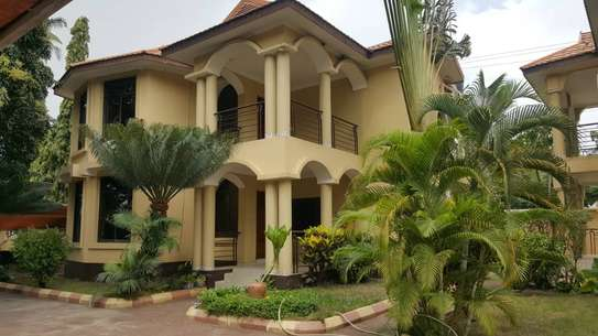 4 Bdrm Villa at Mikocheni