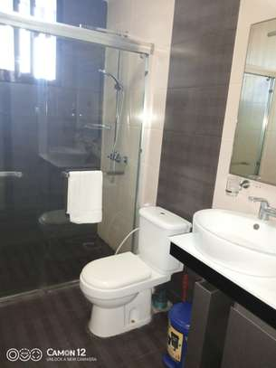 3bdrm Apartment to let in oyster bay image 4
