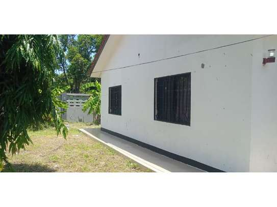 3bed house for sale 800sqm at mbezi beach africana tsh 350m image 3