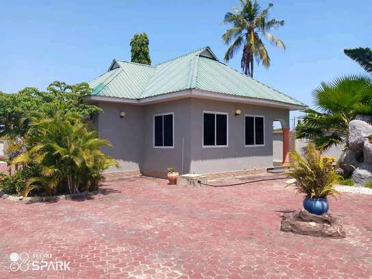 House for rent at Ununio image 6