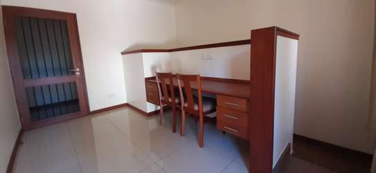 Beautiful Quality Home In Oysterbay For Rent image 11