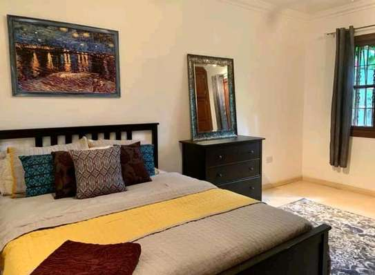 AVAILABLE FOR RENT  A 5 BEDROOM VILLA  IN ARUSHA image 11