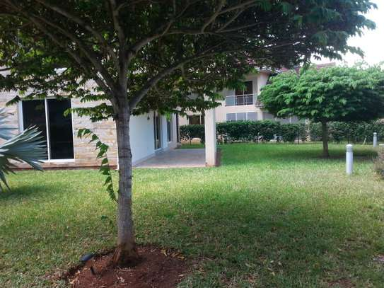 4 bedrooms Villa in Gated Compound In Oysterbay For Rent image 12