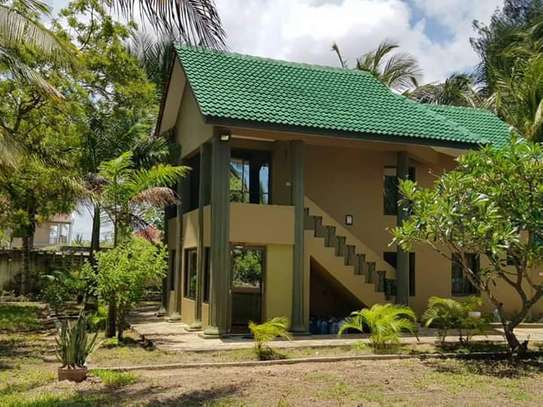 1 Storey 3 Bedrooms House for Sale, Kigamboni image 3
