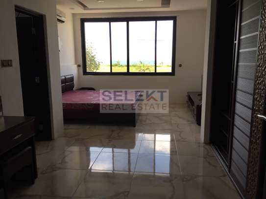 5 Bedrooms Fully Furnished Villas In Masaki image 6
