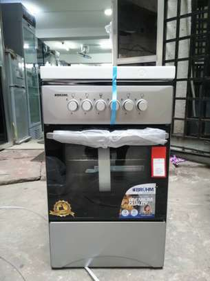BRUHM  FULL GAS 4 BURNERS COOKER 50X50 OVEN GAS.