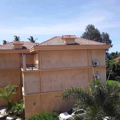 3BEDROOMS FULLYFURNISHED VILLA FOR RENT AT MBEZI BEACH image 14