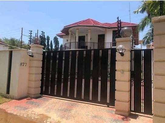 HOUSE FOR SALE 4BEDROOMS AT MIKOCHENI image 2