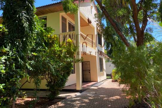 House for rent in Masaki image 1