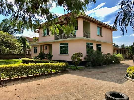 5 bedrooms house at mbezi beach image 6