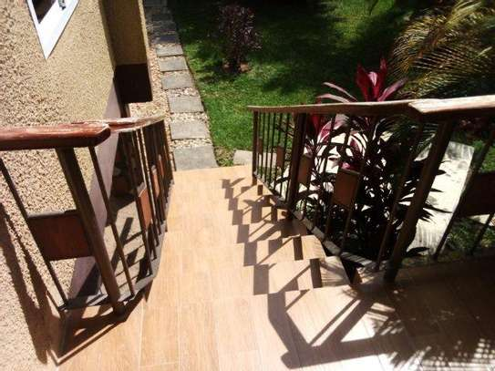 1 bed room house villa for rent at mikocheni image 3