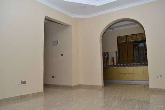 EXCELLENT HOUSE FOR AVAILABLE FOR RENT AT MOROGORO image 4