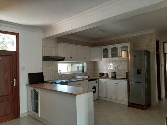 2 Bedrooms Home In Oysterbay For Rent image 7