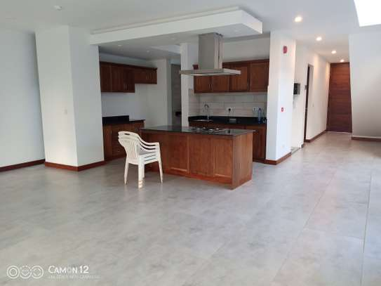 4bdrm brand new town house to let in oyster bay daressalam