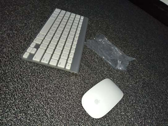 APPLE KEYBOARD AND MOUSE FOR SALE