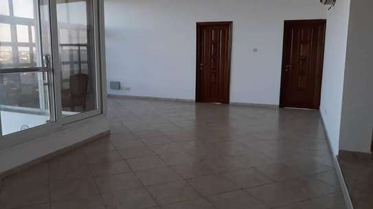 4-Bedroom Penthouse for Sale in Upanga image 8