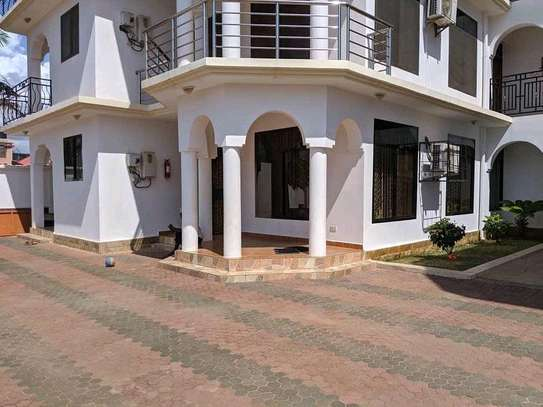 3Bedrooms Apartments For Rent