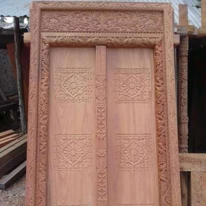 Zenjibar doors & carved furnitures market image 4