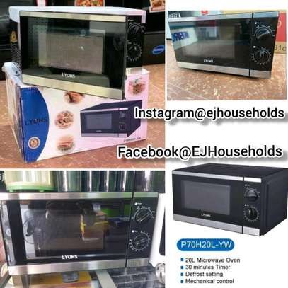 20L Microwave Oven image 1