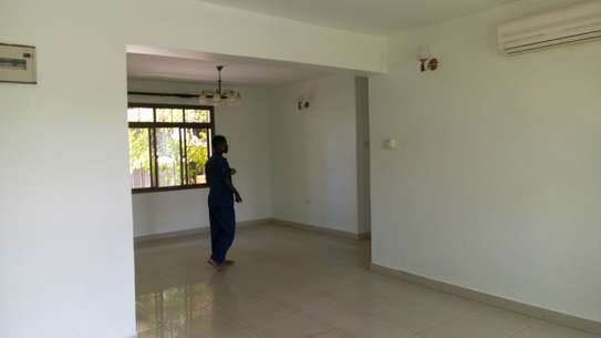 3 Bedrooms Apartment For Rent in Victoria Bagamoyo Road