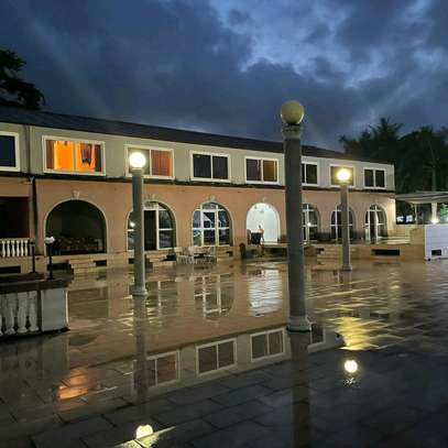 HOTEL BEACH FOR SALE IN BAGAMOYO.. image 2