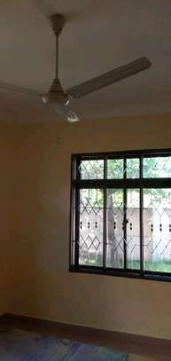 2bedroom House for sale at Boko beach. Tsh 90M image 11
