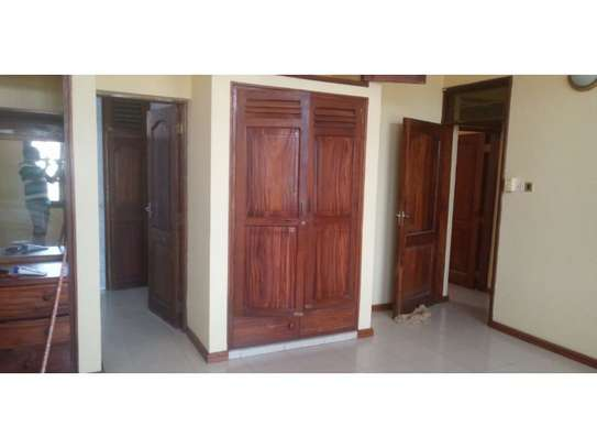 3bed house in the compound along main rd mwaikibaki mikocheni b image 5