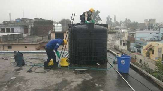 Water tank cleaner image 10
