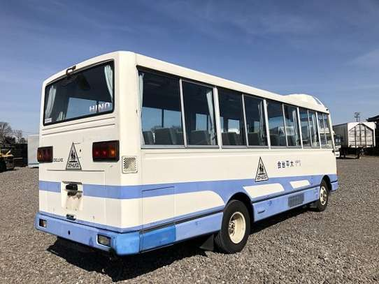 1994 Hino RAINBOW BUS 29SEATER TSHS 35MILLION ON THE ROAD image 4