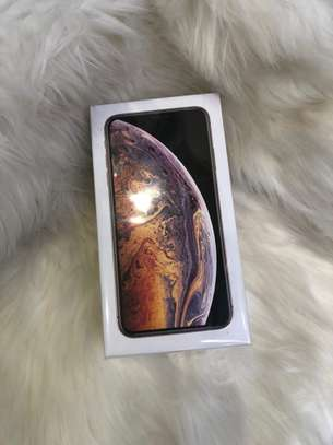 Brand new iPhone XS Max image 3