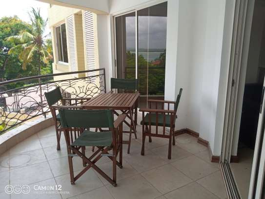 3bdrm ocean view Apartment to let in masaki image 1