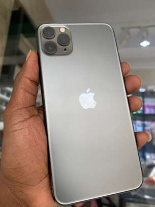 iPhone 11 Pro Max 256GB Spacegray for sale image 6