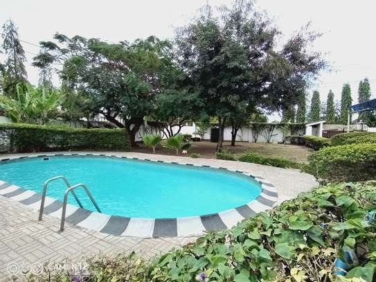 4bdrm Pool house for rent in Masaki