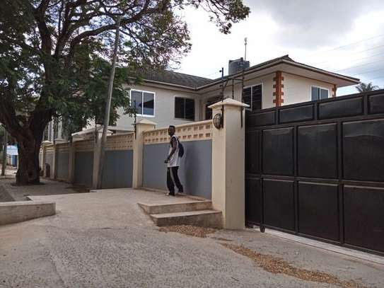 4bed house at mikocheni $2000pm image 7